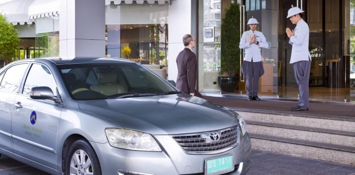 grand-mercure-bangkok-fortune-limousine-2