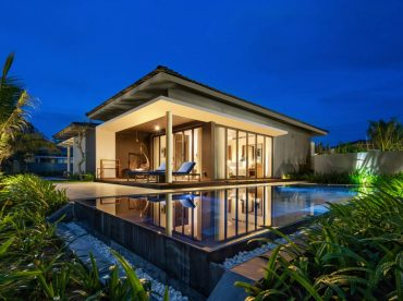 deluxe-beachfront-bungalow-with-private-pool