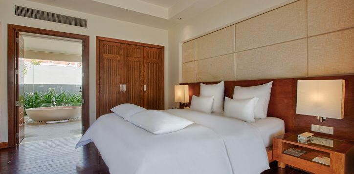 Pullman Danang Beach Resort Onebedroom cottage 5star hotel