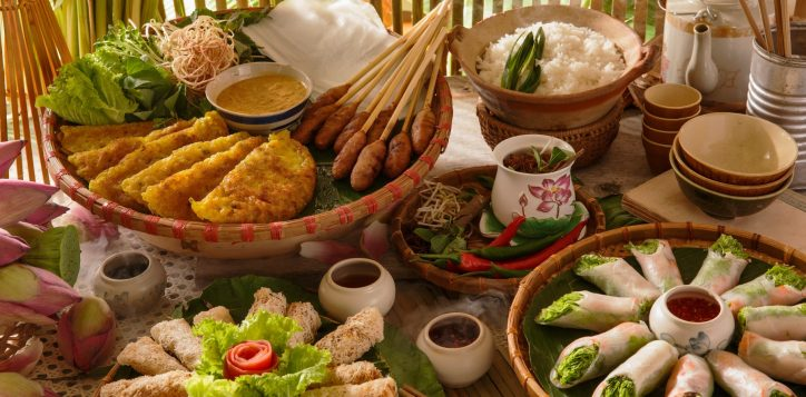 vietnamese-traditional-food-photo-special-event-bubble-beats-and-brunch-pullman-danang-beach-resort-banh-xeo-pancake-lotus-rice-tea-nem-lui-tea-element