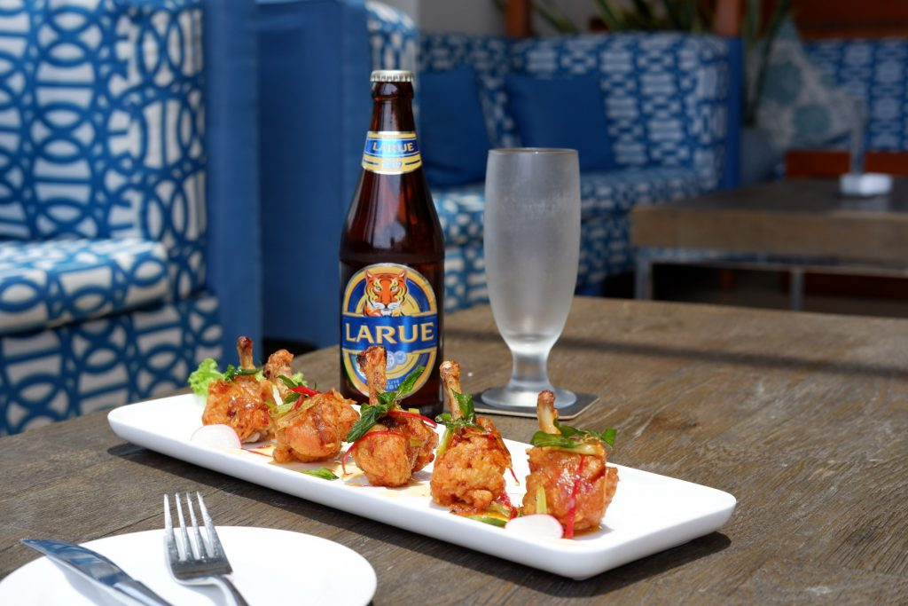 chicken wings and beer, snack foods in Vietnam, infinity bar pullman danang beach resort