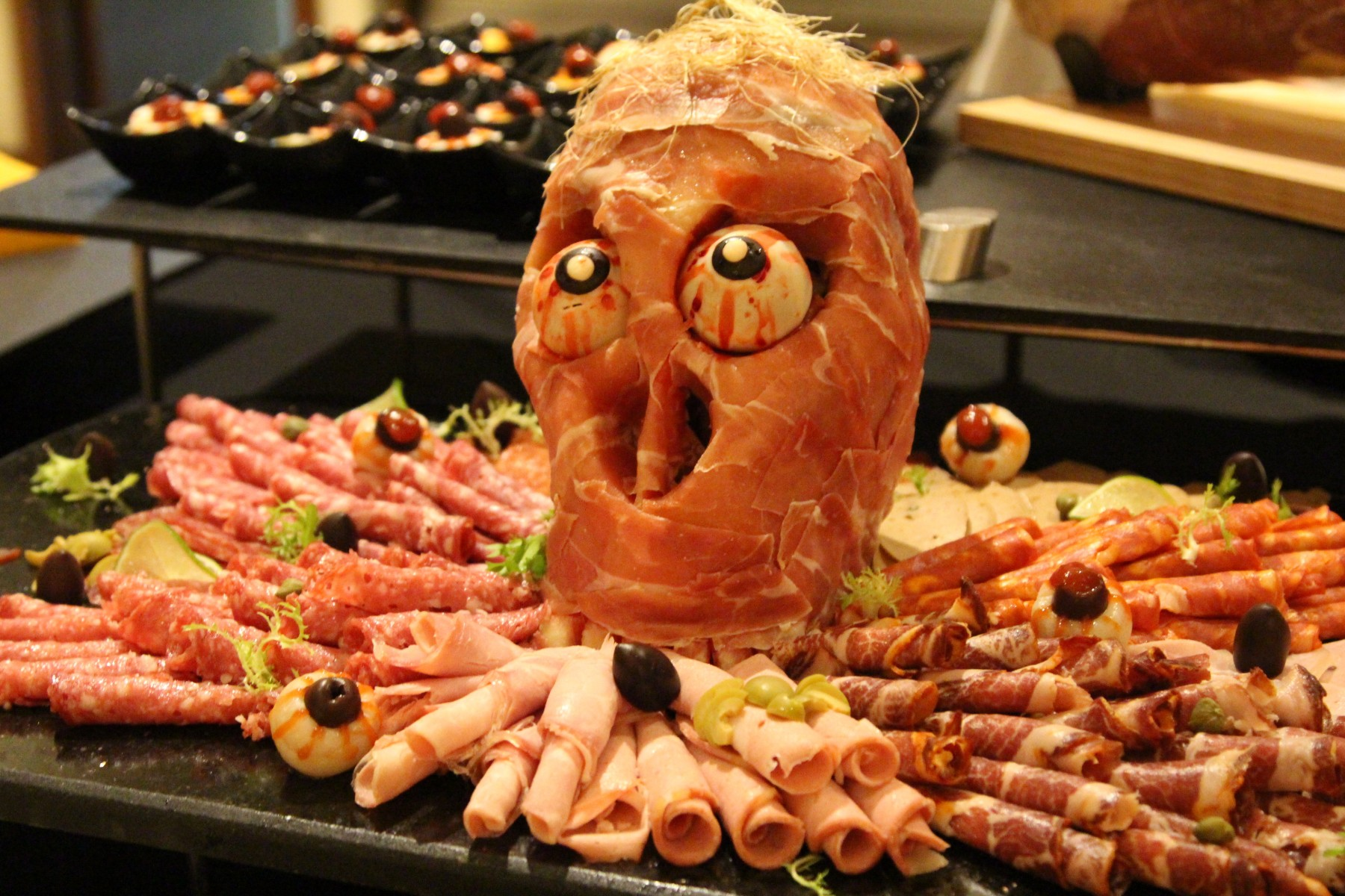 trick-or-treat-buffet