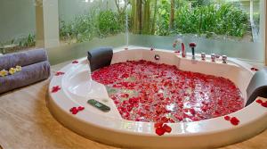 pullman danang beach resort The Nang Spa massage luxury