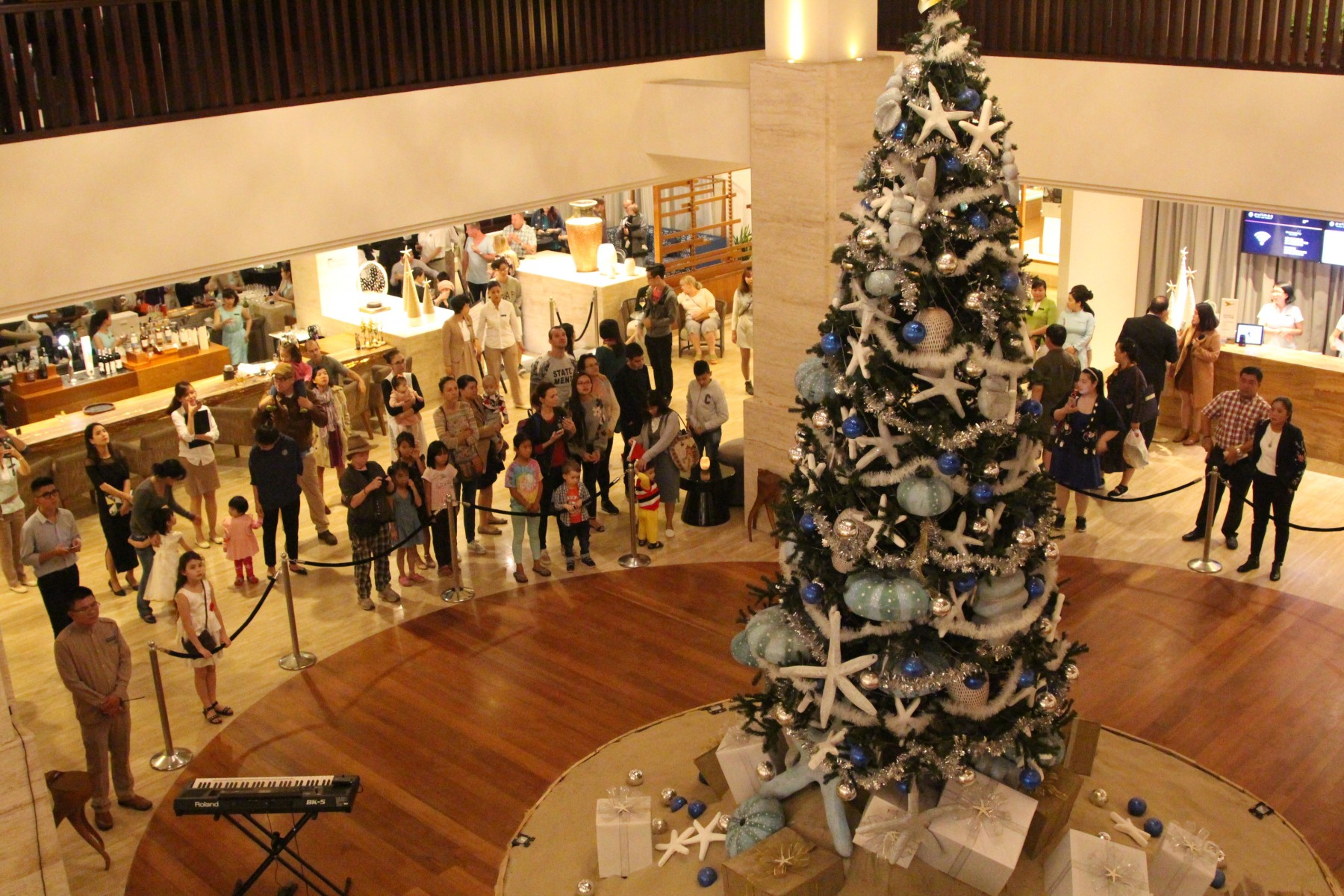 Christmas lighting tree ceremony at pullman danang beach resort vietnam