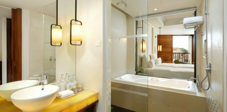 deluxe-king-bath-room-cottage-at-pullman-danang-beach-resort-vietnam-5-star-hotel