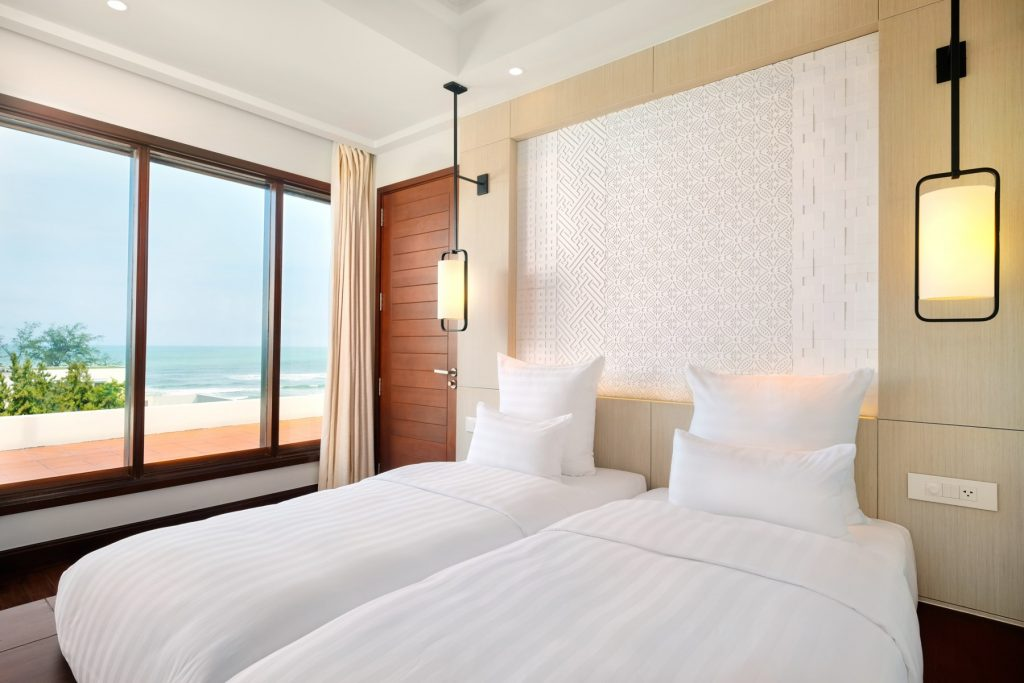 Pullman-FamilySuite-Angle03-Family-Suite-at-Pullman-Danang-Beach-Resort-5-star-hotel