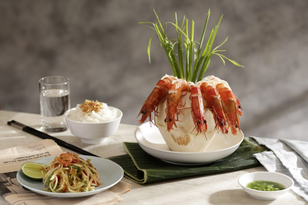 coconut prawn, fresh seafood, epice restaurant pullman danang beach resort