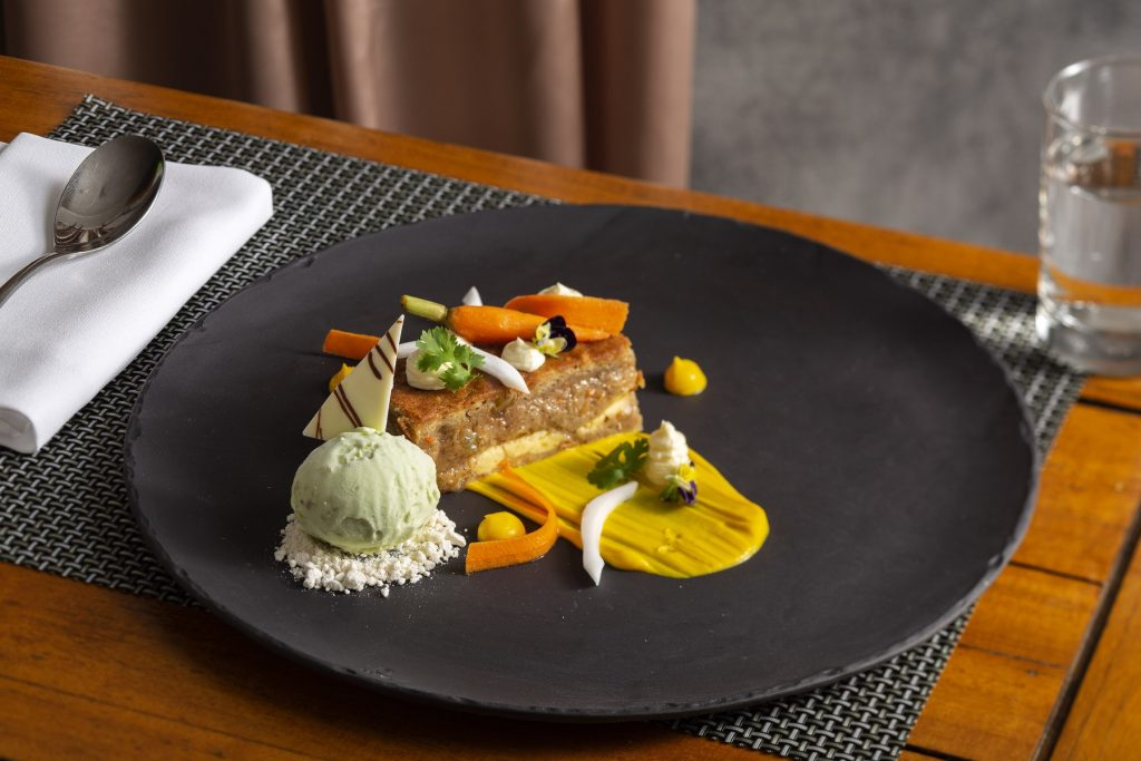 Carrot Cake - Restaurant Epice - Pullman Danang Beach Resort