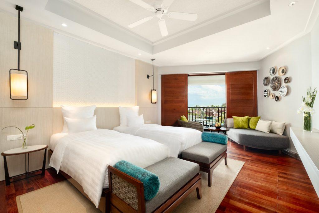 Pullman-DeluxeBayView-Angle03_Pullman-Danang-Beach-Resort_5-Star-Hotel
