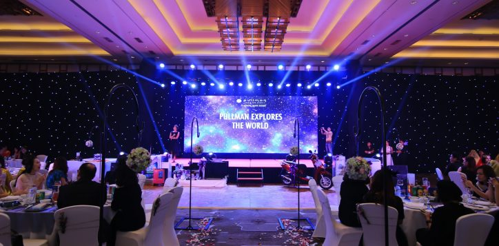 backdrop-explore-all-around-the-world-theme-party-set-up-year-end-celebration-pullman-danang-beach-resort-indoor-venue-lotus-ballroom-5