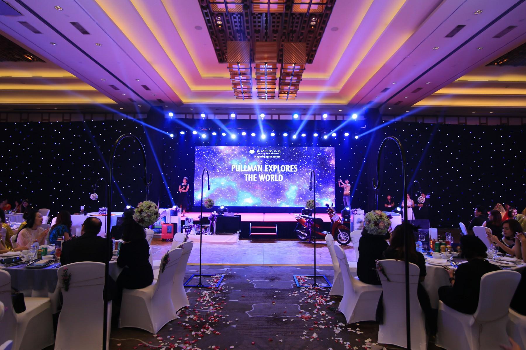 Backdrop-explore-all-around-the-world-theme-party-set-up-year-end-celebration-pullman-danang-beach-resort-indoor-venue-lotus-ballroom-5