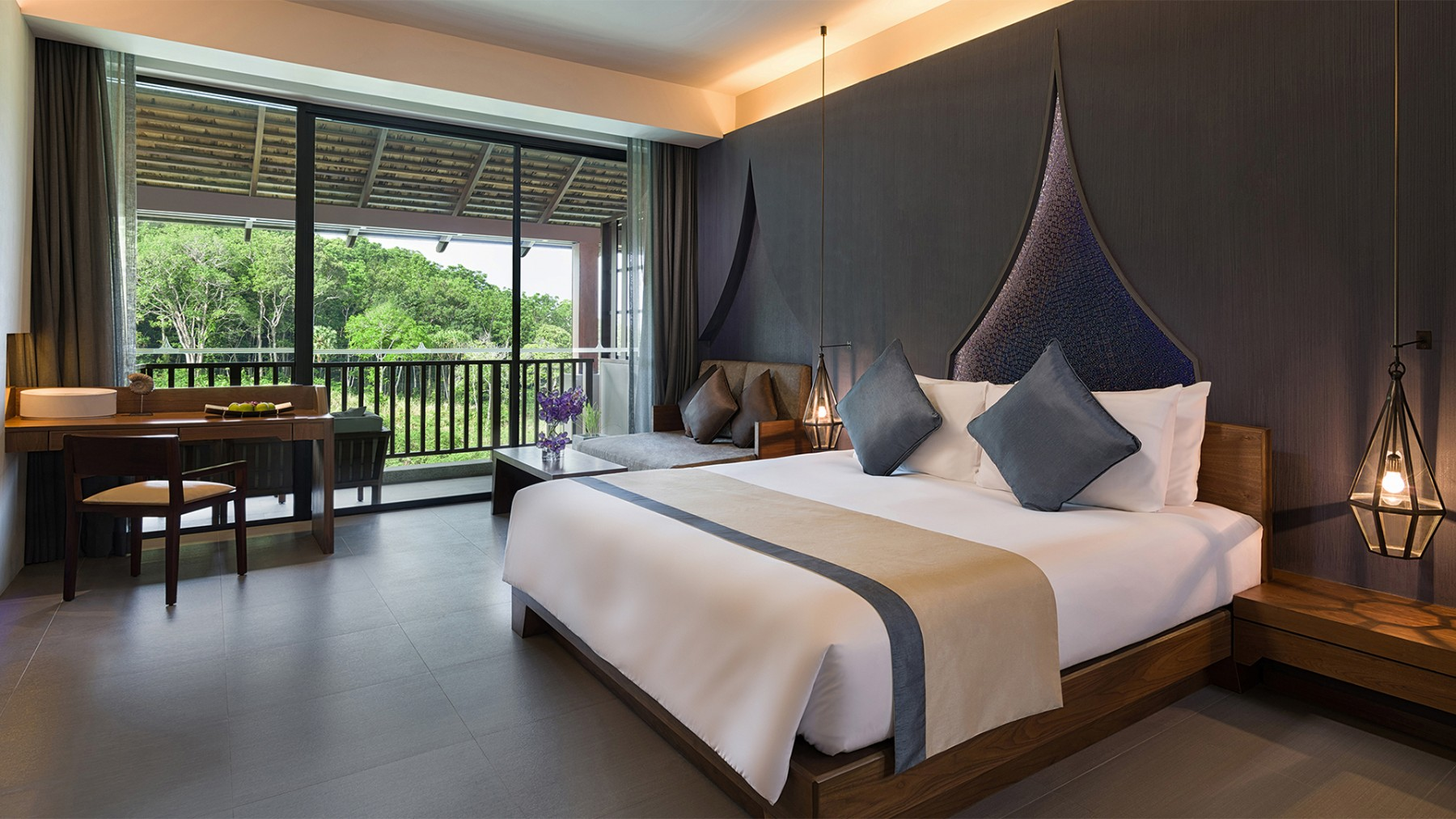 Luxury Star Resort In Patong Beach Private Mountain View