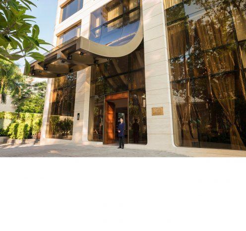 hotel-des-arts-saigon-won-the-prestigious-2016-world-luxury-hotel-awards-asias-luxury-business-hotel