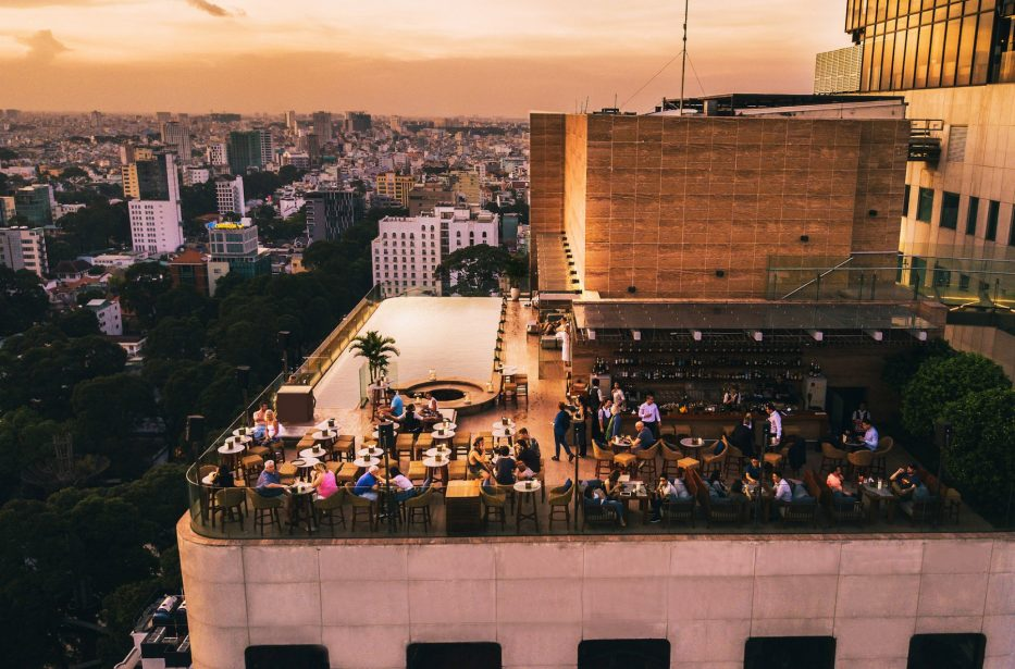 social-club-rooftop-bar