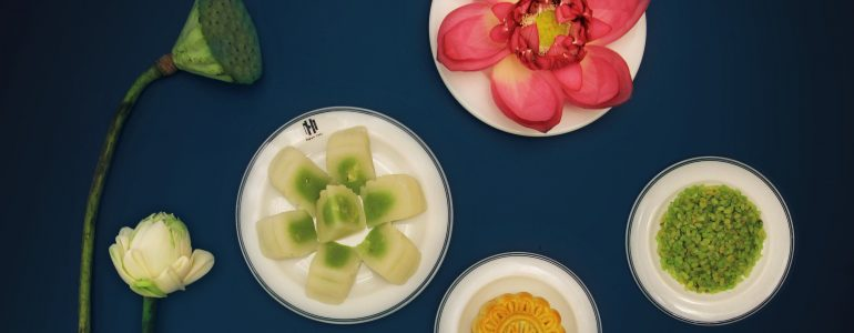 metropole-hanoi-unveils-mooncake-collection-for-mid-autumn-festival
