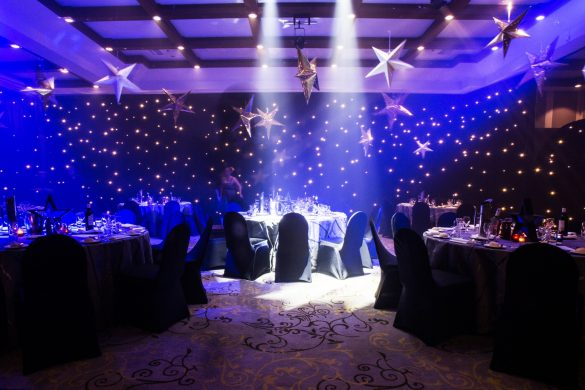 starry-night-themed-dinner