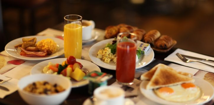 breakfast-buffet-for-%c2%a5-2200