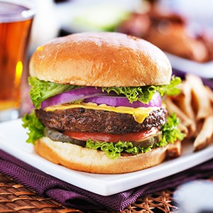 gourmet-burger-beer-offer