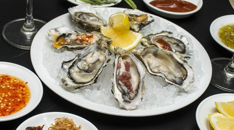 taste-the-best-seafood-buffet-in-bangkok