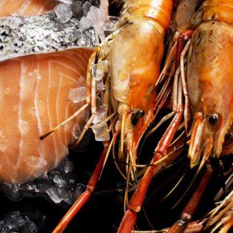 sizzling-prawns-and-salmon-buffet