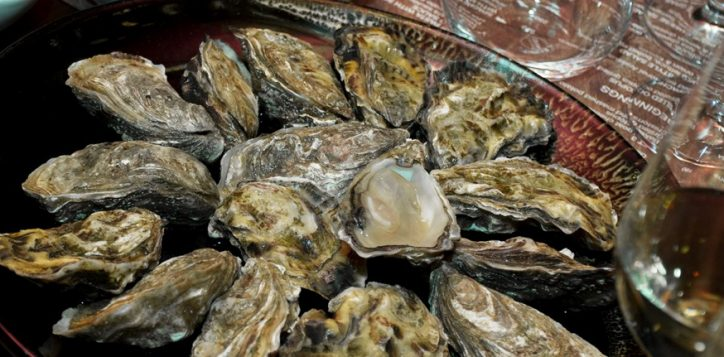 oysters-bubbles