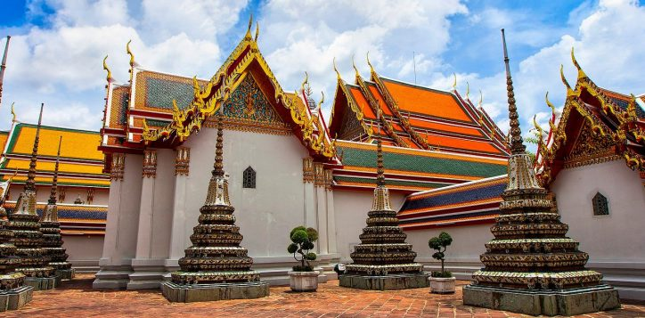 hotel-near-the-temple-of-reclining-buddha-wat-po