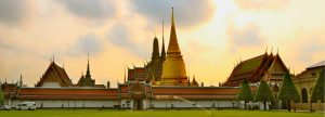 hotel near the temple of the emerald buddha