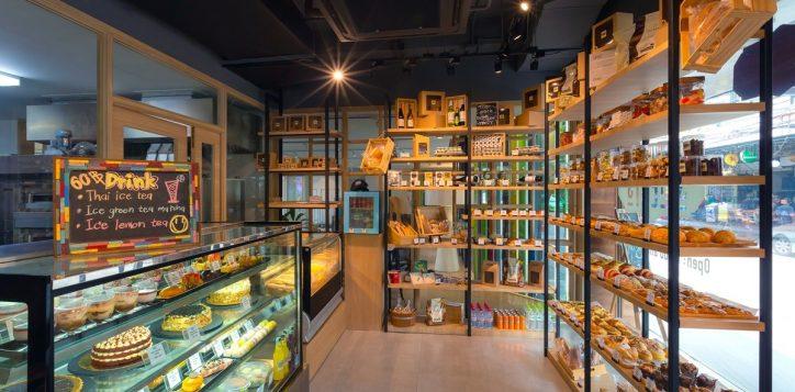 h9906_streats-bakery-interior