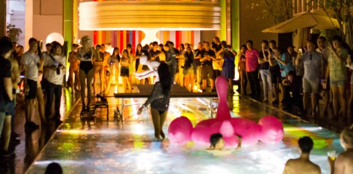 pool-parties-in-khaosan