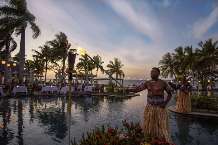 sofitel-fiji-breeze-bar-large