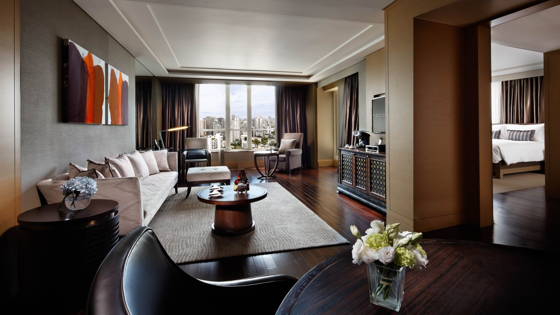 rooms and suites at sofitel bangkok sukhumvit