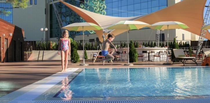 open-swimming-pool