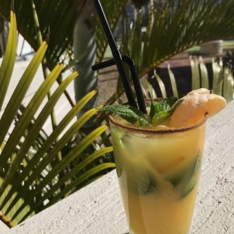 monthly-cocktail-special-hanlans-bar