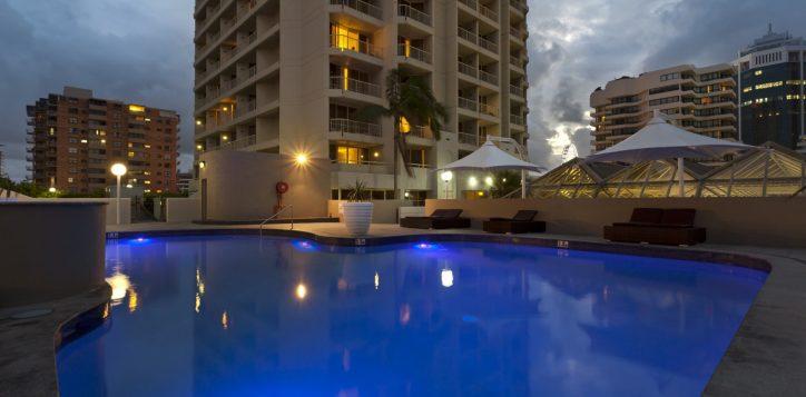 nightime-pool