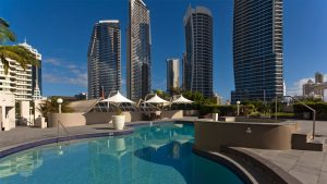 Novotel Surfers Paradise swimming pool