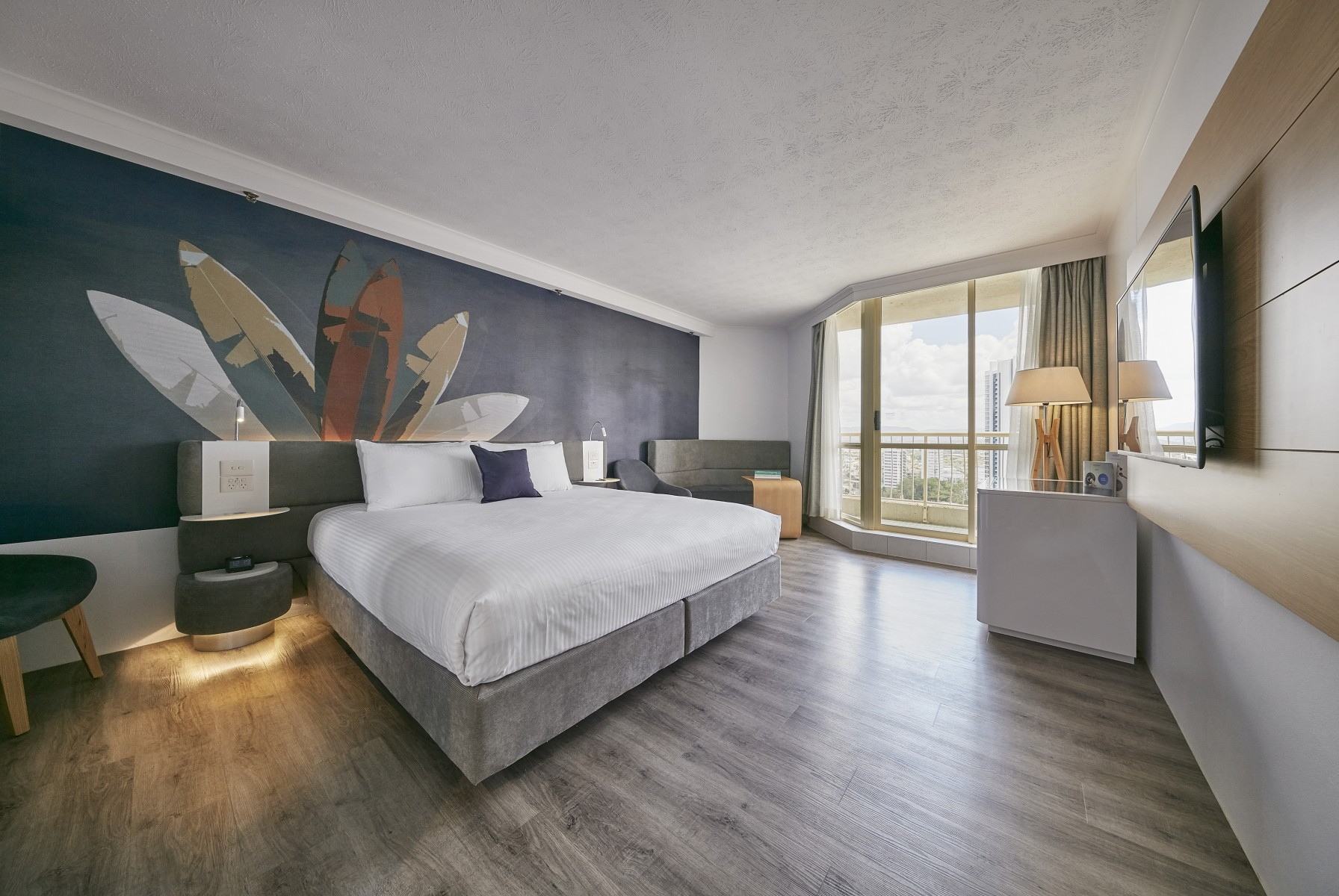 Cool Novotel Surfers Paradise Deluxe Room Gold Coast Interior Design Ideas Pimpapslepicentreinfo