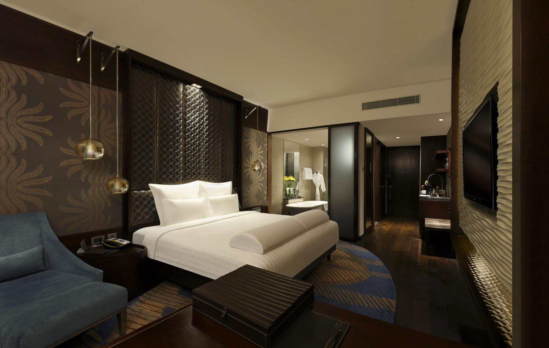 executive room pullman new delhi aerocity 5 star hotel