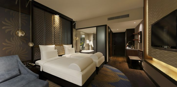 pullman-executive-room-twin-bed-1