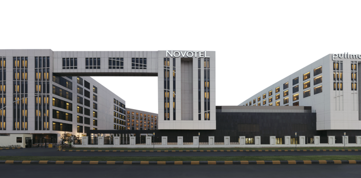novotel-pullman-facade-2020