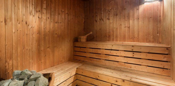 4-sauna