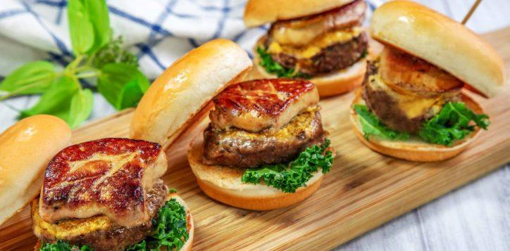%e5%92%8c%e7%89%9b%e9%b4%a8%e8%82%9d%e6%bc%a2%e5%a0%a1-foie-gras-and-wagyu-beef-burger