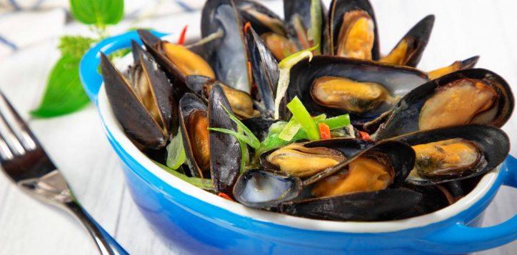 %e7%99%bd%e9%85%92%e7%85%ae%e8%97%8d%e9%9d%92%e5%8f%a3-live-blue-mussel-in-white-wine-sauce