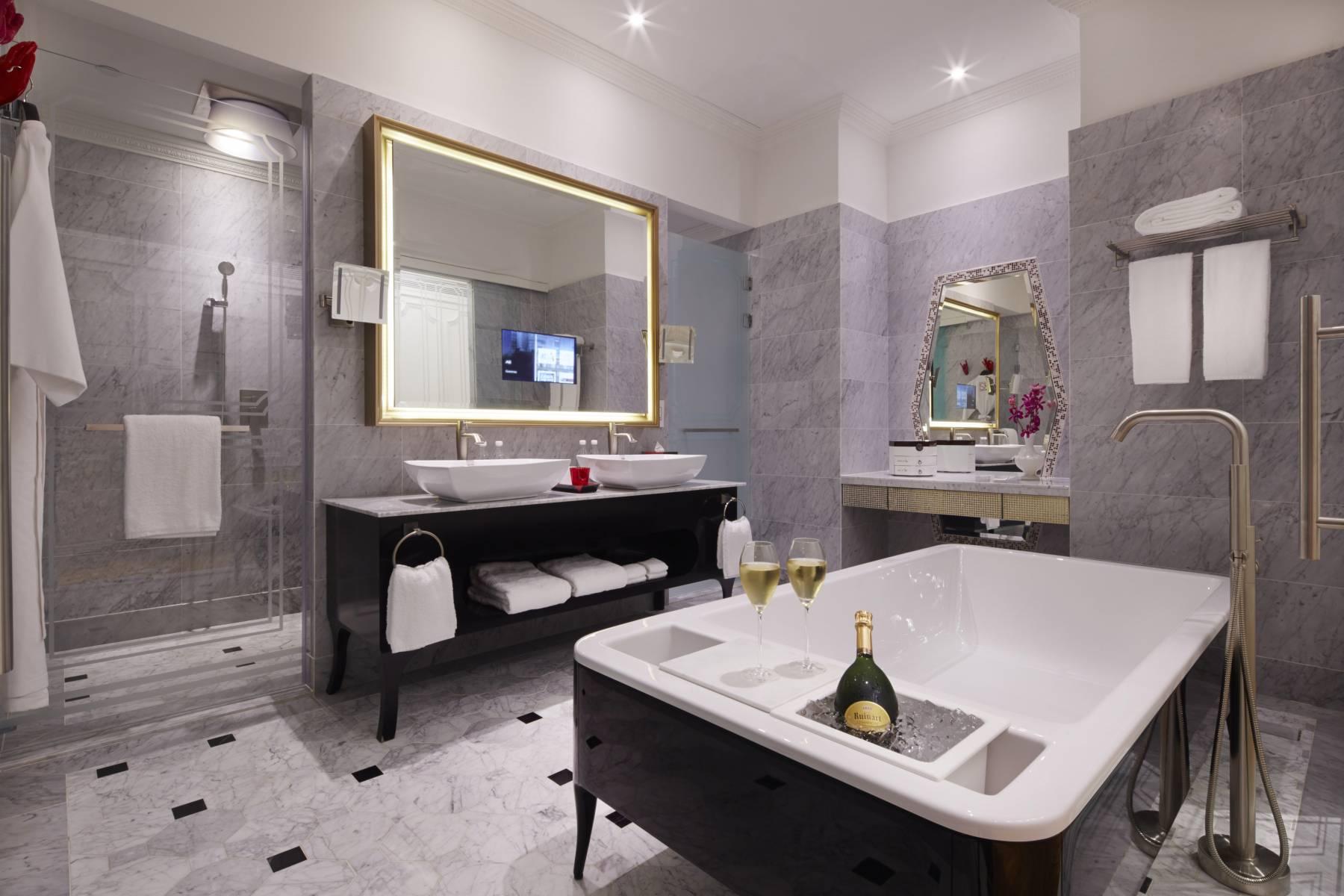 SO Sofitel Singapore - So Lofty bathroom on tiffany blue and gray bathroom, soft blue and gray bathroom, teal bathroom ideas, royal blue and gray bathroom, sky blue and gray bathroom, espresso and gray bathroom, gray and yellow bathroom, almond and gray bathroom, teal painted bathroom, teal colored bathrooms, black and white decor for a bathroom, purple and gray bathroom, white and gray bathroom, dark green and gray bathroom, silver blue and gray bathroom, powder blue and gray bathroom, teal bathroom cabinets, olive green and gray bathroom, black and gray bathroom, brown and gray bathroom,