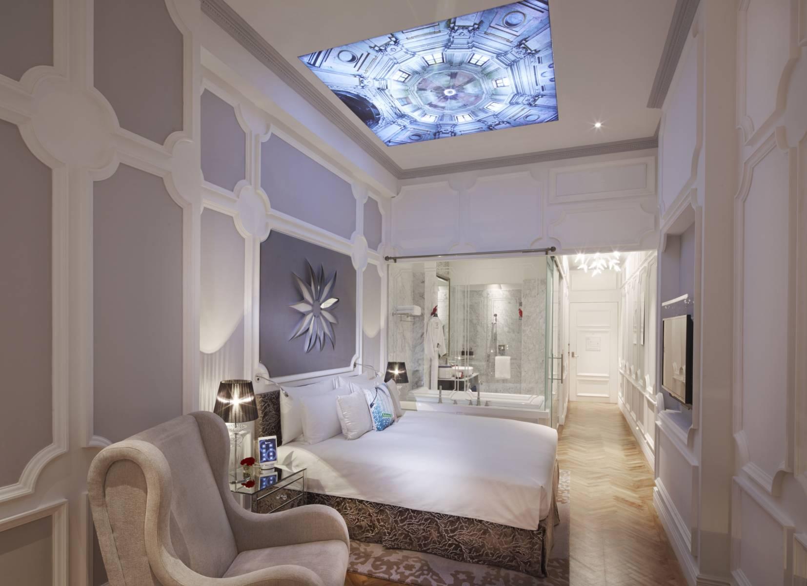 Luxury Boutique Amp Staycation Hotel So Sofitel Singapore
