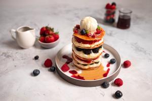 Sunday pancake brunch in Singapore