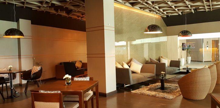 club-lounge-04