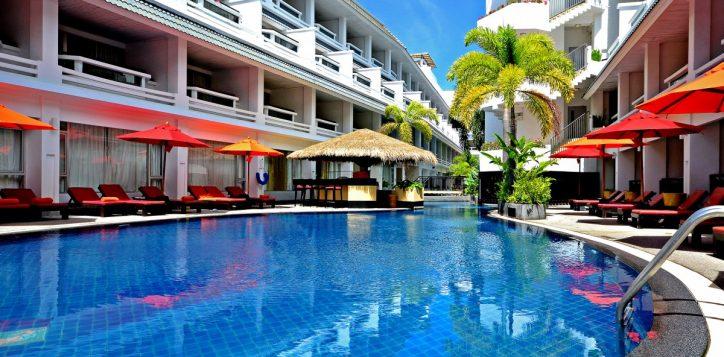 swimming-pool-3rd-flr-011
