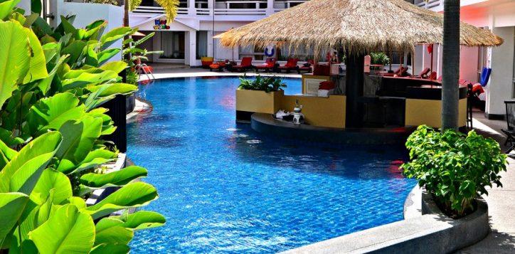 pool-bar-012