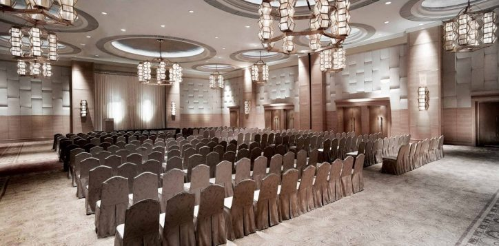 grand-ballroom-theatre-set-up-2