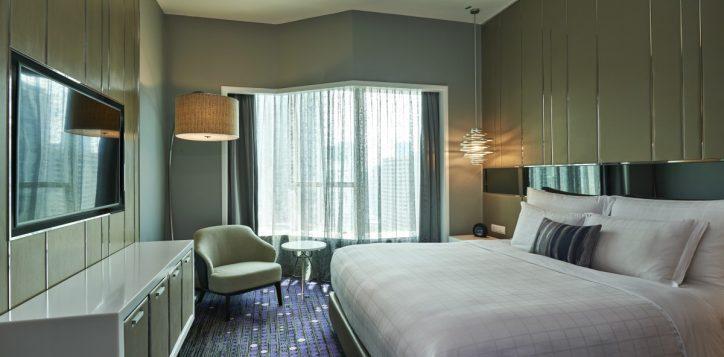 08-pklcc-junior-suite-bedroom-min